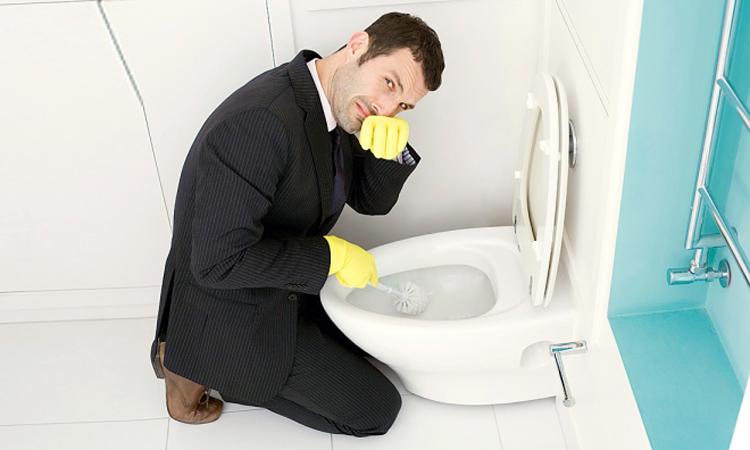 Lý do và cách khử mùi hôi bồn cầu hiệu quả dài lâu